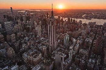 Bruce Getty Empire Flight Sun Burst Canvas