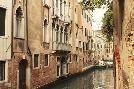 Les Mumm Venice Waterway