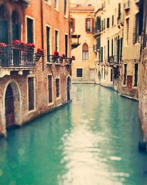Irene Suchocki Venice Memories I Giclee